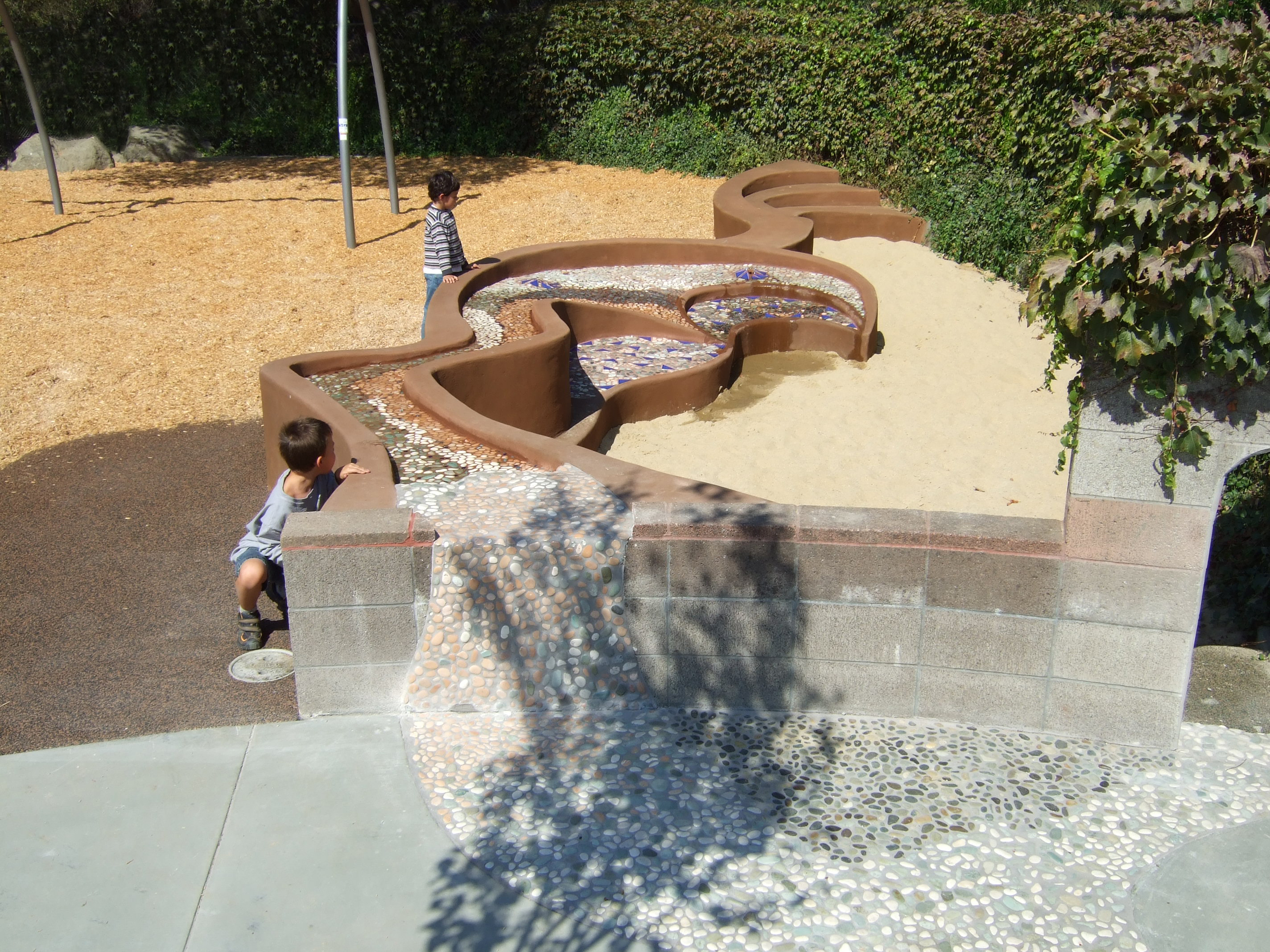 water feature kids 3